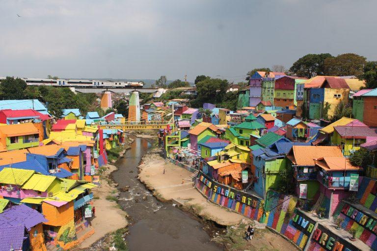 Properti Malang Raya Melenggang Semakin Kencang, Kampung Warna-Warni Jodipan Malang, MP News, Makmur Property News